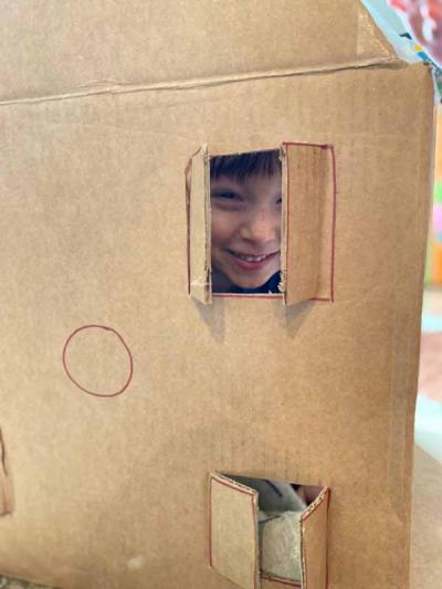 LesKidz-Box-House